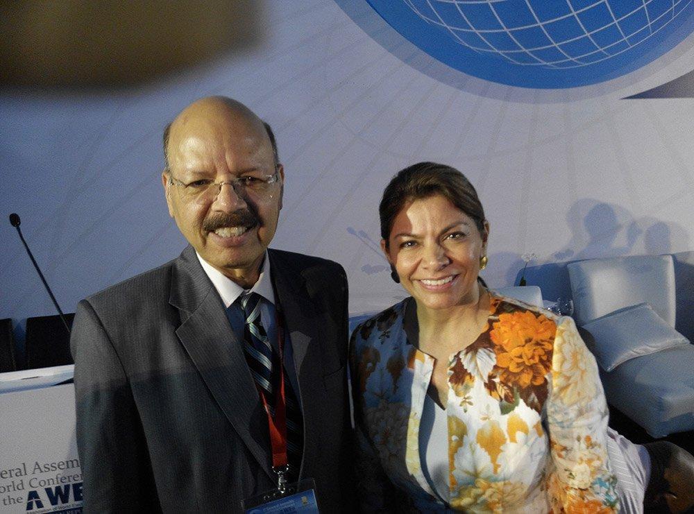 Dr. Nasim Zaidi, CEC with Ms. Laura Chinchilla Miranda former president of Costa Rica