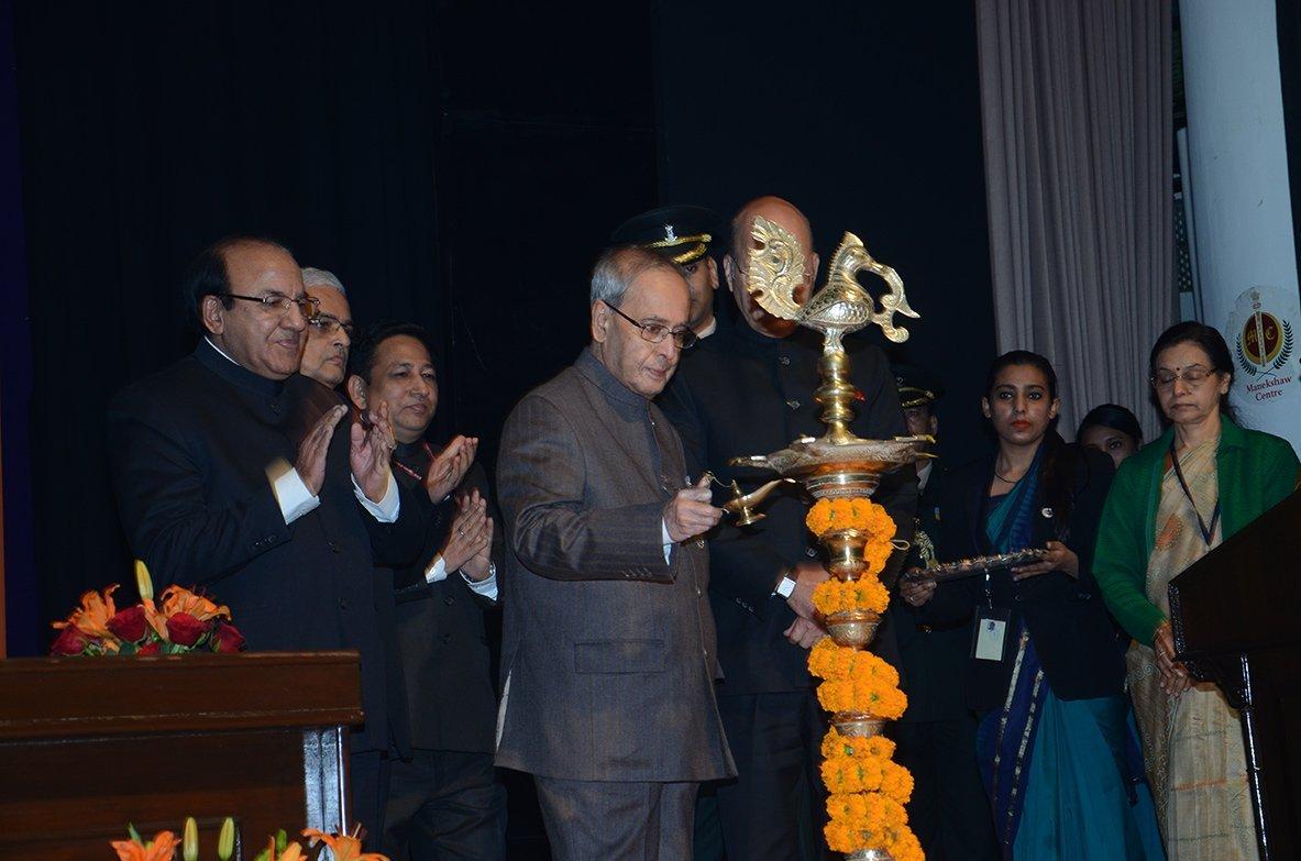 Lighting of Lamp by Hon'ble President Shri Pranab Mukherjee