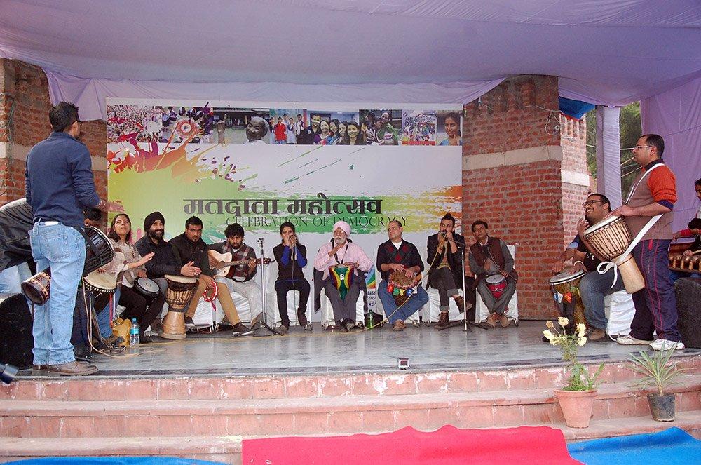 Performance by Delhi Drum Circle troupe