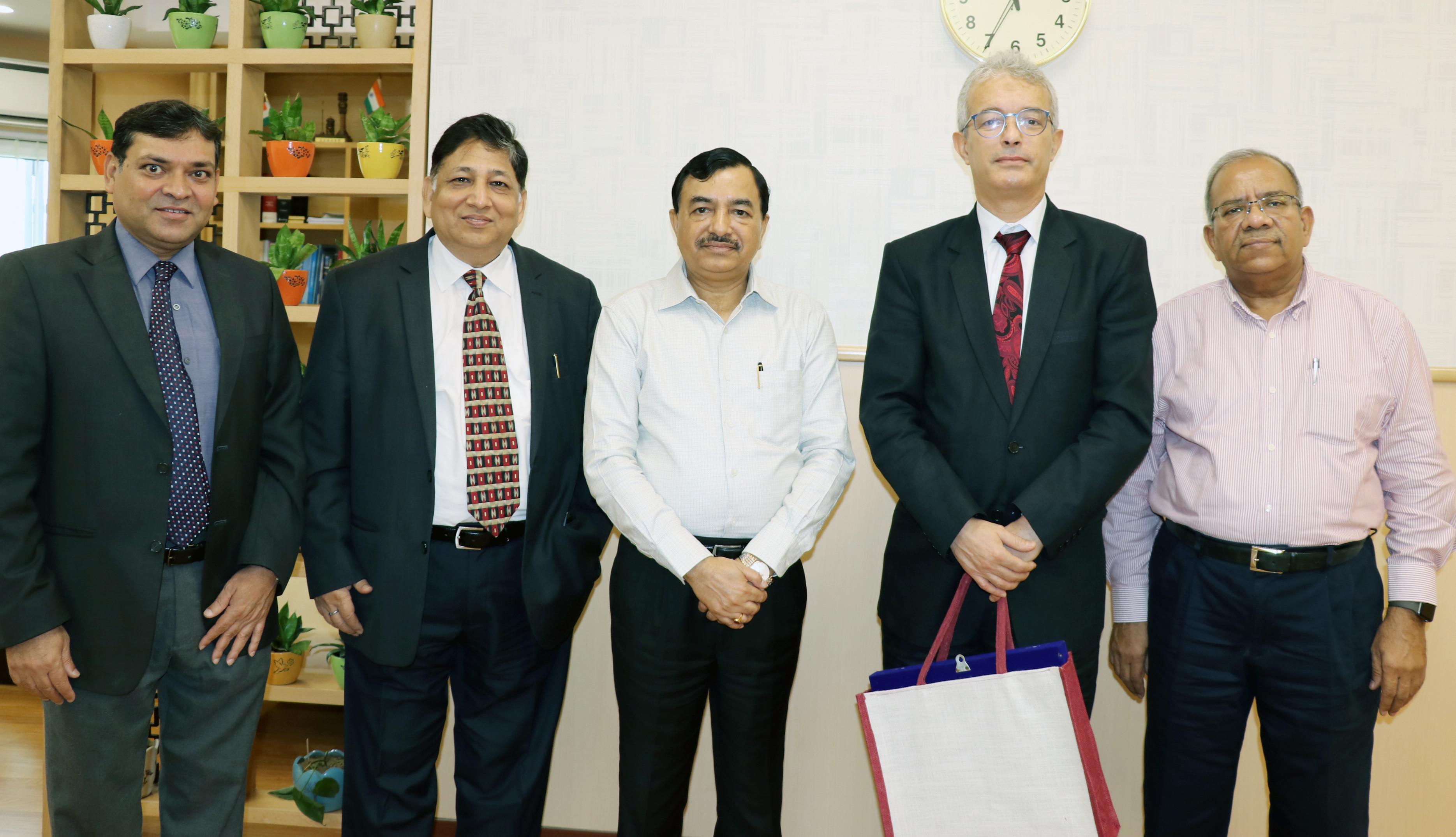 Mr. Najmeddine Lakhal, Ambassador of Tunisia to India met Mr. Sushil Chandra, Election Commissioner of India on 17th July, 2019.