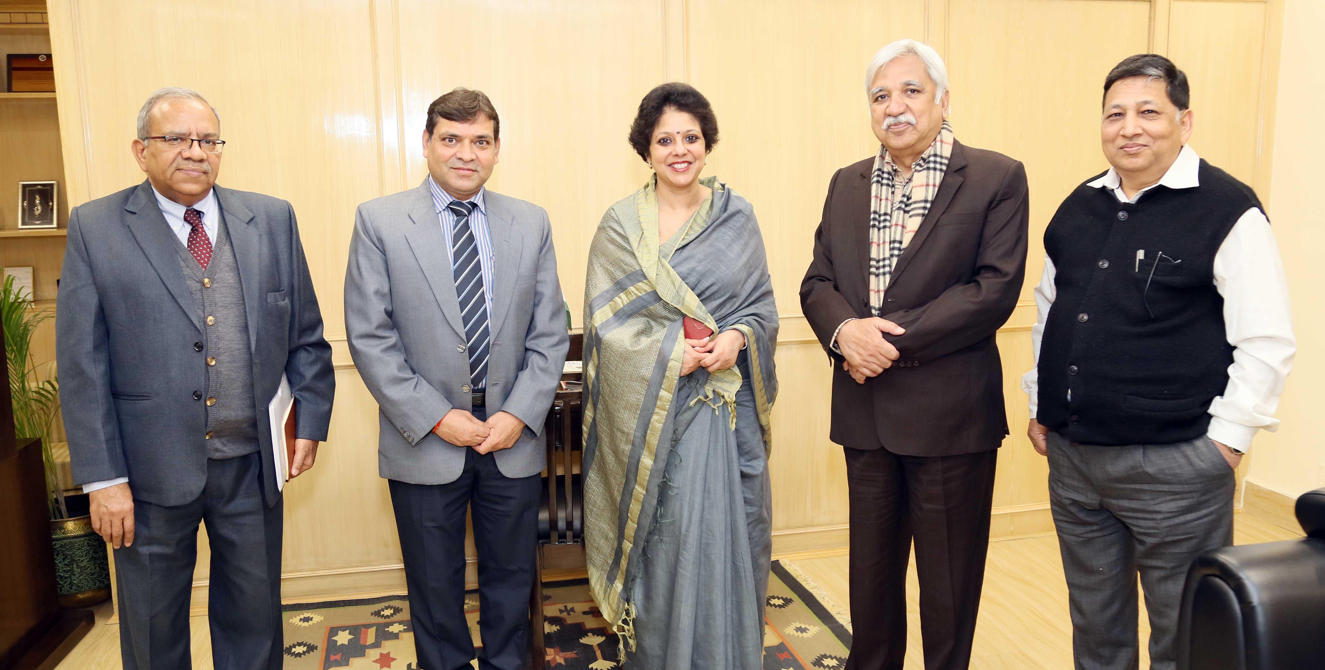 Ms. Shipra Verma, Chief Electoral Officer, Elections Manitoba, Canada, paid a courtesy call on Shri Sunil Arora, Hon'ble Chief Election Commissioner of India on 21 Feb 2020, at Nirvachan Sadan, New Delhi.